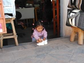 Peruvian babies. WANT.