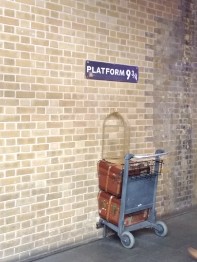 Brief visit to Kings Cross Station, complete with Harry Potter memorabilia