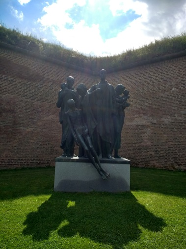 Statue commemorating those who perished at Terezin