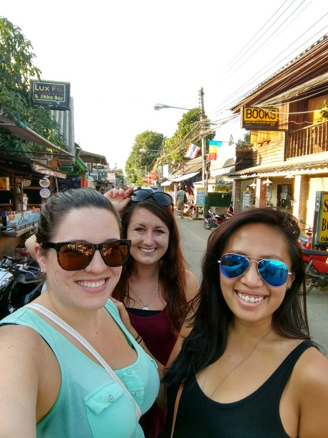 Me with Kelly and Leah in Pai