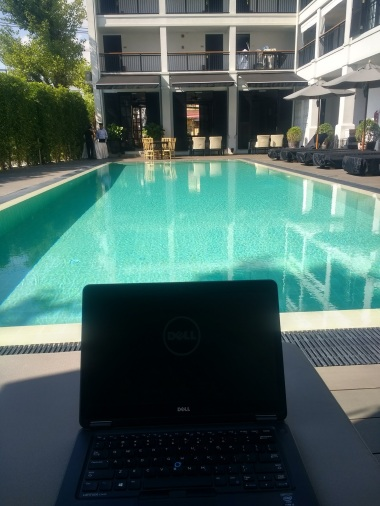 Working from pool - Burisiri